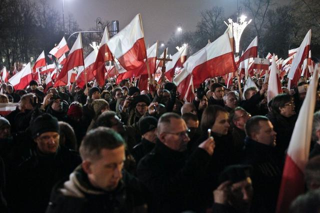 marsz_demonstracja_manifestacja_protest_marsz_640x0_rozmiar-niestandardowy